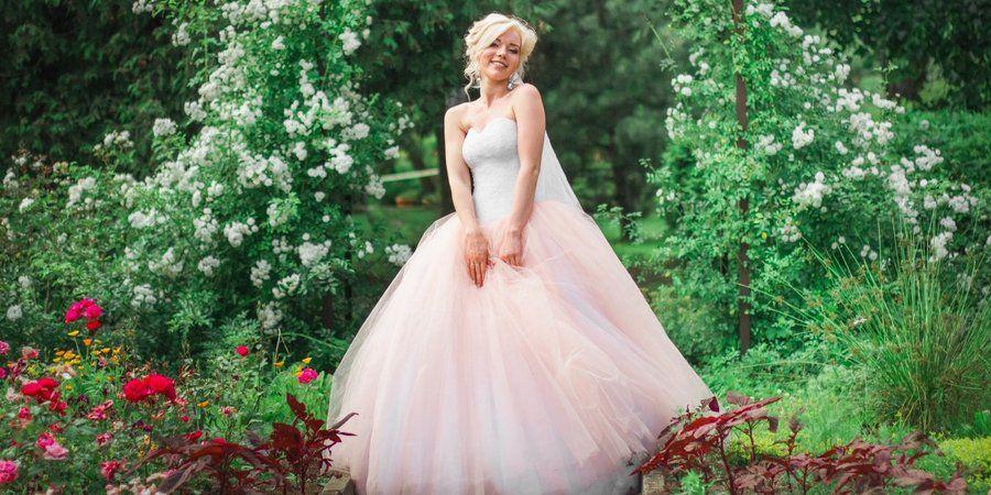 Легенькое платье из натурального материала