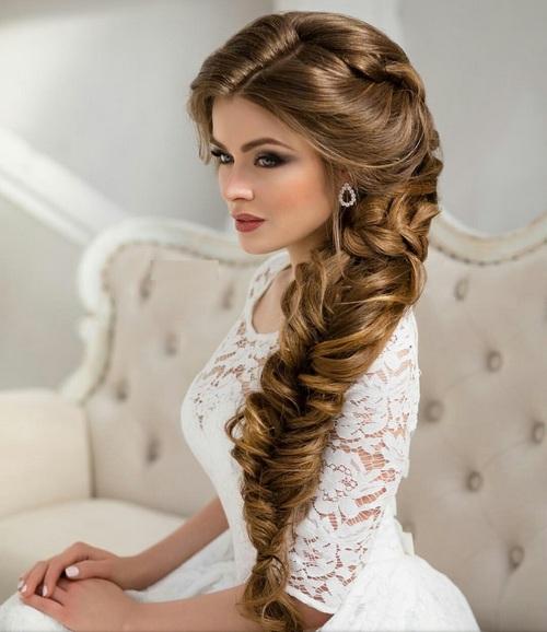 Длинные волосы в свадебной прическе