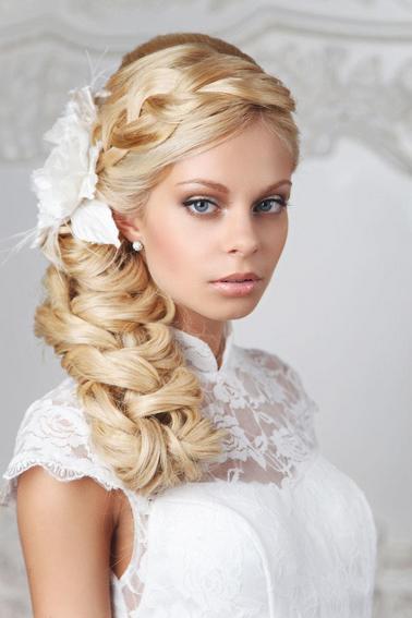 Модные укладки на свадьбу