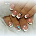 Свадебный маникюр френч – модный дизайн для ногтей невесты