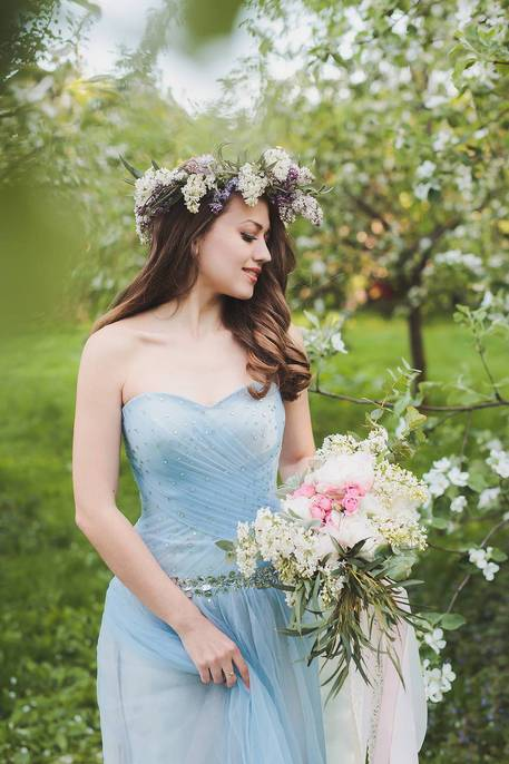 Цветы для весеннего букетика невесте