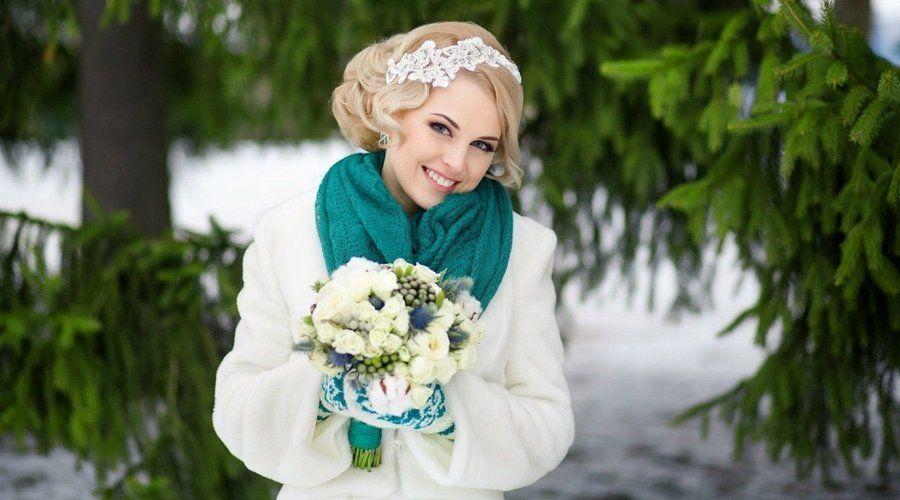 Зимняя цветочная композиция