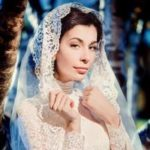 Подвенечное платье для венчания в Православной Церкви: какое можно надеть на обряд 2020 года