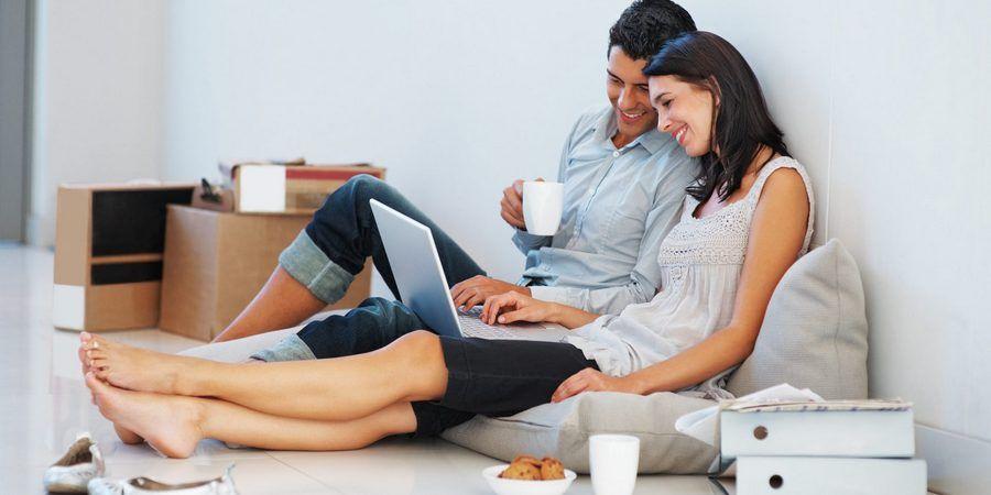Современные женихи и невесты часто подают документы онлайн