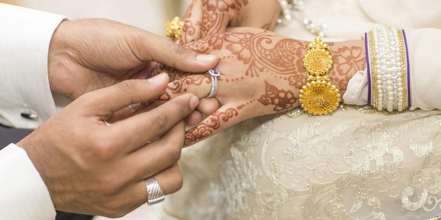 У мусульман принято обмениваться свадебными аксессуарами