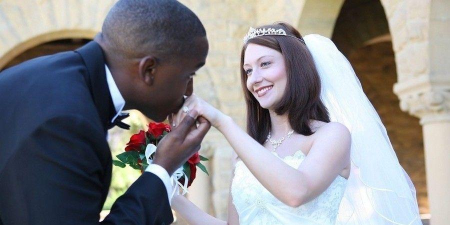 Фиктивное супружество распространено с иностранцами