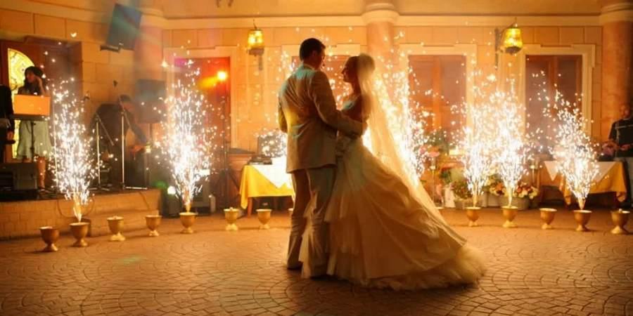 У мужей и жен принято отмечать памятные даты