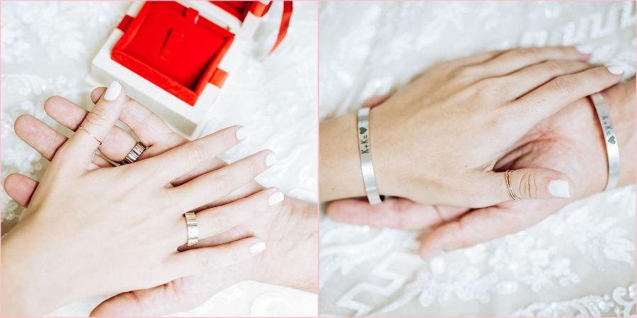 У пары кольца от бренда Omega
