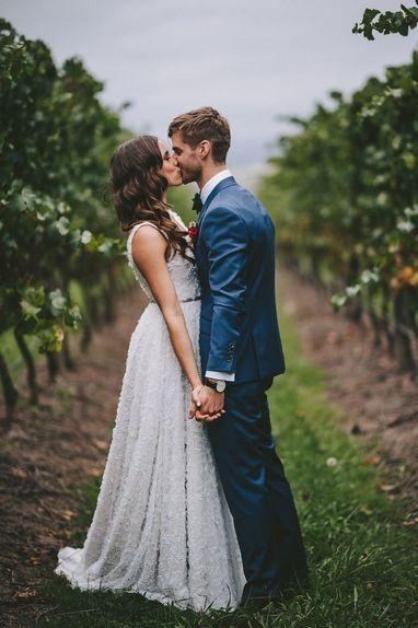 Многие отдают предпочтение камерной свадьбе