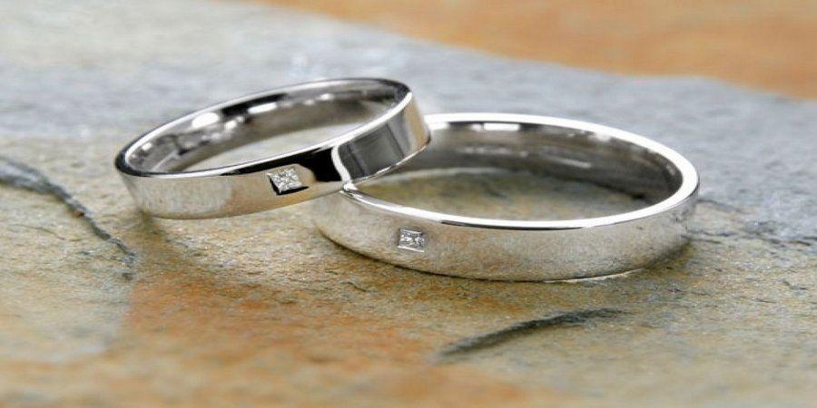 На десятилетие юбиляры обменивались кольцами из олова