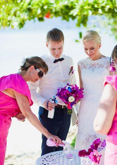Современные молодожены часто устраивают песочную церемонию