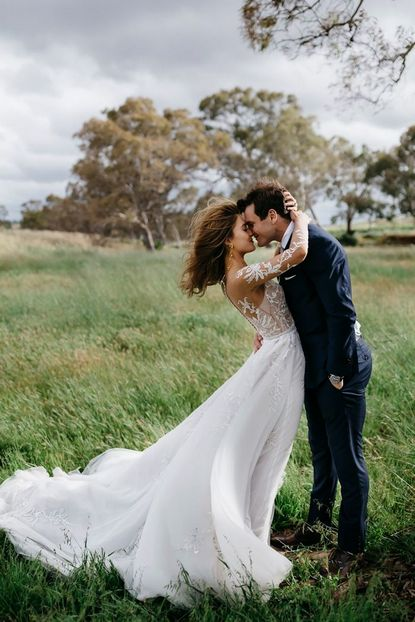 Через 10 лет после свадьбы отмечают розовый юбилей