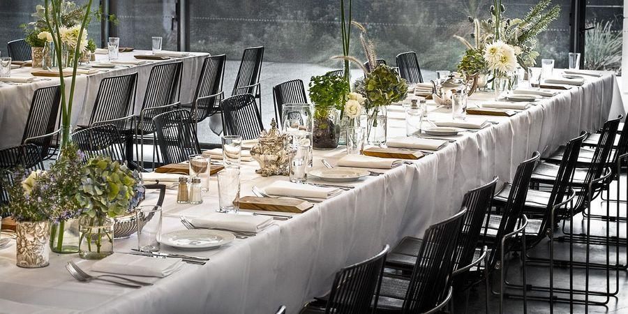 Минимализм в оформлении свадебного торжества