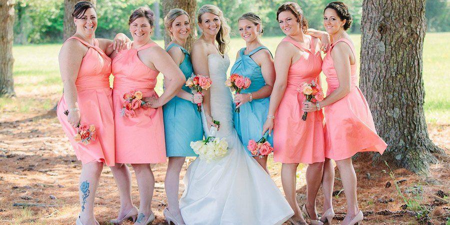Часто подруги невесты одеваются в одном цвете