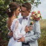 Выбираем образ молодоженам для свадьбы в [year] году – ТОП идей