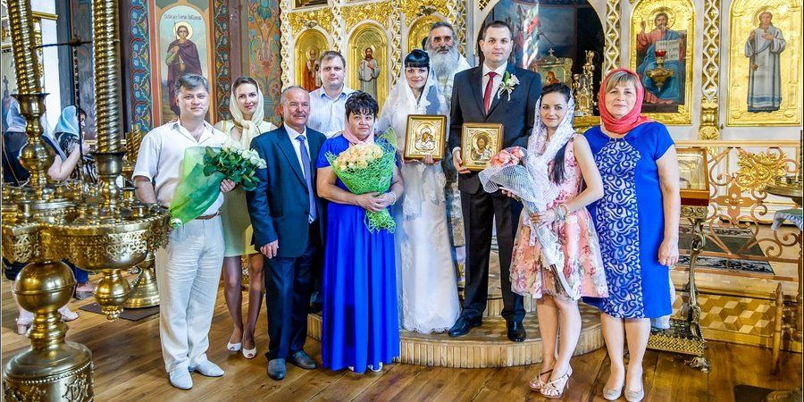 Банкет делают на свадьбу и венчание