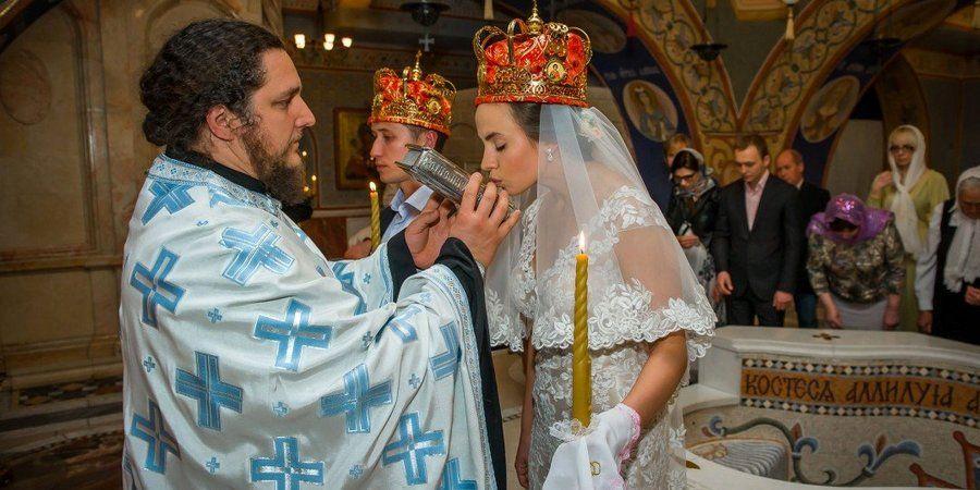 На таинстве венчания нужно соответствовать православной церкви