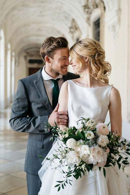Через 15 лет брака отмечают стеклянную свадьбу