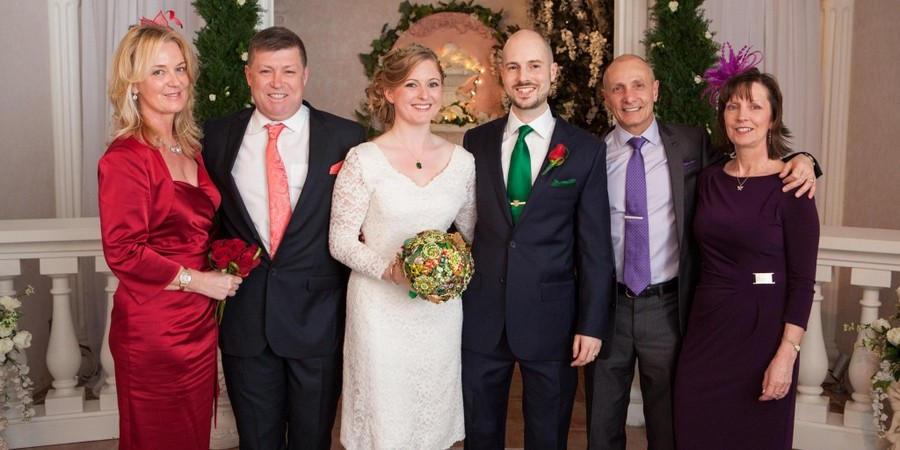 Многие выбирают сделать свадьбу только с родителями