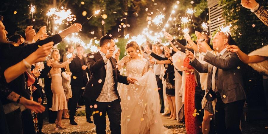 В последние годы популярны свадебные вечеринки